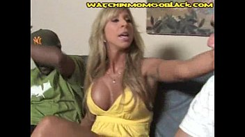 Amari Gold Want's Her BF's BBC